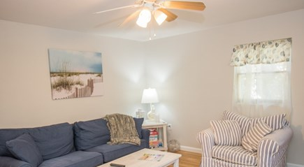 Oak Bluffs, East Chop Martha's Vineyard vacation rental - Living room with comfy seating and cable TV
