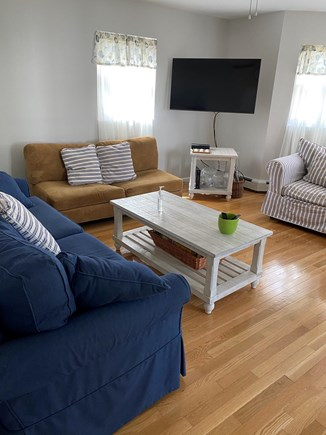 Oak Bluffs, East Chop Martha's Vineyard vacation rental - Living room with plenty of seating and big screen tv