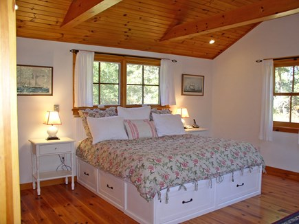 Chilmark, Tisbury Great Pond Martha's Vineyard vacation rental - Spacious private MBR wing w/ceiling fan & HDTV w/ DVD