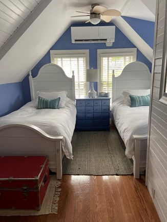 Oak Bluffs Martha's Vineyard vacation rental - Upstairs Twins