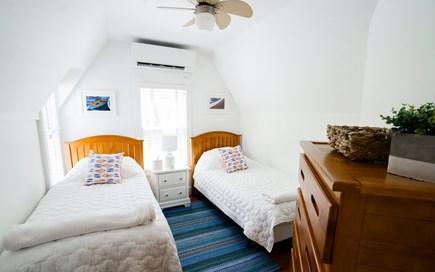 Oak Bluffs Martha's Vineyard vacation rental - Upstairs Twin #1