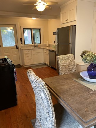 Oak Bluffs Martha's Vineyard vacation rental - Eat in Kitchen