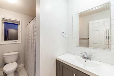 Oak Bluffs Martha's Vineyard vacation rental - Remodeled upstairs full bath with combo shower/tub and new vanity