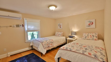 Oak Bluffs Martha's Vineyard vacation rental - Twin bedroom 1