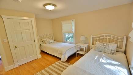 Oak Bluffs Martha's Vineyard vacation rental - Twin bedroom 2