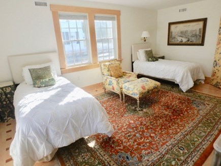 Edgartown Martha's Vineyard vacation rental - Twins with enSuite shower, first floor