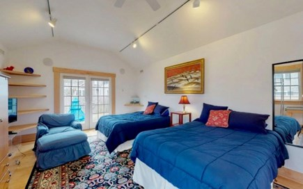 Edgartown Martha's Vineyard vacation rental - Two full beds downstairs, open up to nice back yard