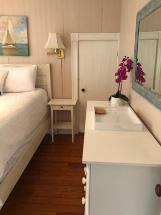 Oak Bluffs, East Chop Martha's Vineyard vacation rental - Queen bedroom - access door to twin