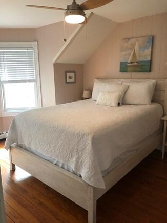 Oak Bluffs, East Chop Martha's Vineyard vacation rental - 2nd Floor Queen Bedroom (offers access to twin bedroom)