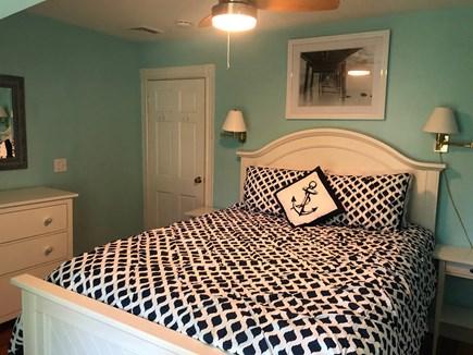 Oak Bluffs, East Chop Martha's Vineyard vacation rental - Queen Bedroom (2nd floor)