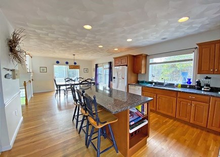 Katama - Edgartown Martha's Vineyard vacation rental - Kitchen and Dining area - Bright and Airy
