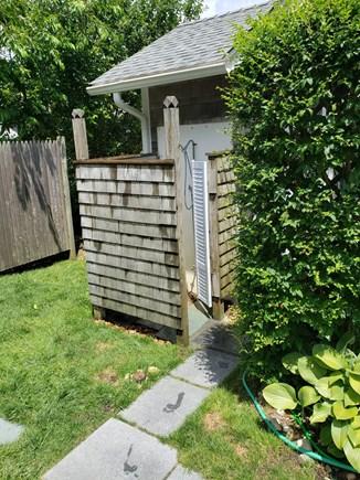 Edgartown, Sengekontacket Pond Waterfront Martha's Vineyard vacation rental - Outdoor Shower