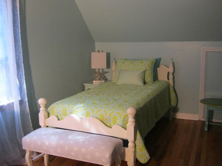 Oak Bluffs Martha's Vineyard vacation rental - Beach Blue room -2nd floor twin bedded room