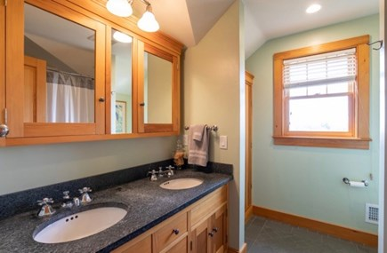Chilmark Martha's Vineyard vacation rental - Double vanity and full bath