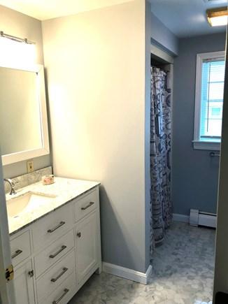 Oak Bluffs Martha's Vineyard vacation rental - Second Floor Master En Suite Bathroom.