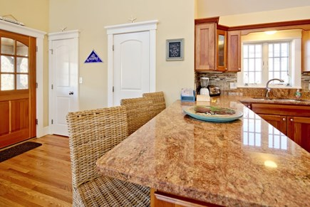 Vineyard Haven Martha's Vineyard vacation rental - Countertop eat-in kitchen