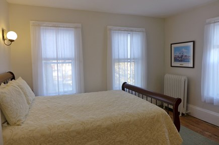Oak Bluffs Martha's Vineyard vacation rental - 2nd Fl Set of bunk twins bedroom