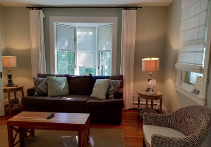 Oak Bluffs, Near MV Hospital Martha's Vineyard vacation rental - A comfortable living room