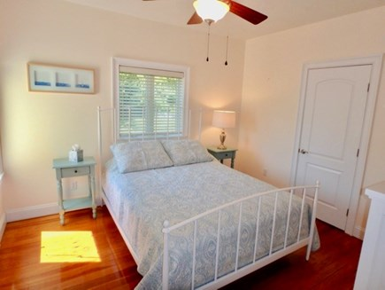 Oak Bluffs Martha's Vineyard vacation rental - First floor Master Queen with shower en-suite
