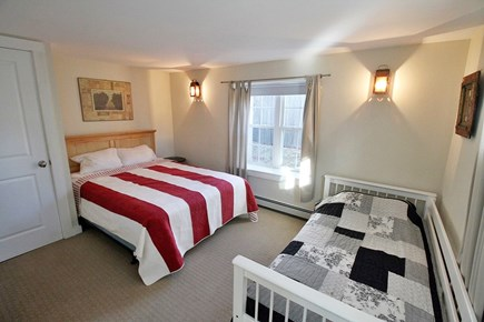 Vineyard Haven, Off Main Street Martha's Vineyard vacation rental - Downstairs Bedroom with Queen & Twin.