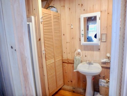Edgartown Martha's Vineyard vacation rental - Bathroom with shower!