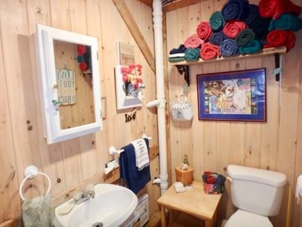 Edgartown Martha's Vineyard vacation rental - Bathroom with plenty of towels!!!!