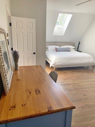 Oak Bluffs Martha's Vineyard vacation rental - Oversized master bedroom with King size bed