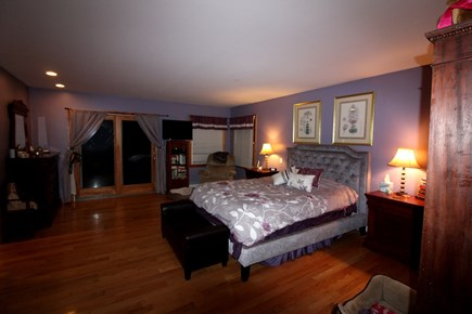 Edgartown Martha's Vineyard vacation rental - Master bedroom with queen bed