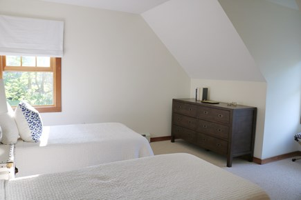 Oak Bluffs, Meadow View Farms Martha's Vineyard vacation rental - BR4, second floor twin bedroom (alt. view)