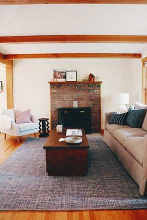 Oak Bluffs, Meadow View Farms Martha's Vineyard vacation rental - Living room with fireplace