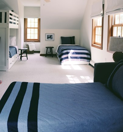 Oak Bluffs, Meadow View Farms Martha's Vineyard vacation rental - BR2, second floor bunk room sleeps four