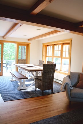 Oak Bluffs, Meadow View Farms Martha's Vineyard vacation rental - Sun-drenched dining room