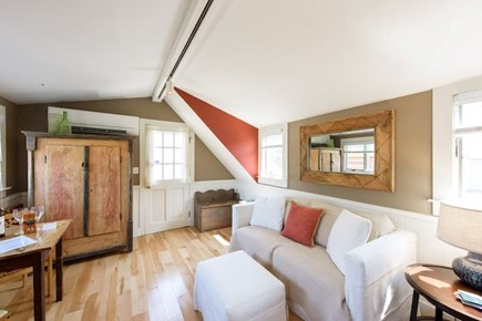 Oak Bluffs Martha's Vineyard vacation rental - Comfy full size pull out sofa and sitting area