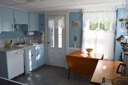 Downtown Oak Bluffs Martha's Vineyard vacation rental - Bright and cheery kitchen