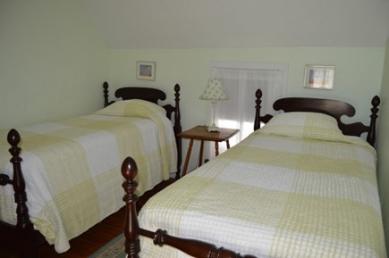 Downtown Oak Bluffs Martha's Vineyard vacation rental - Bed 2