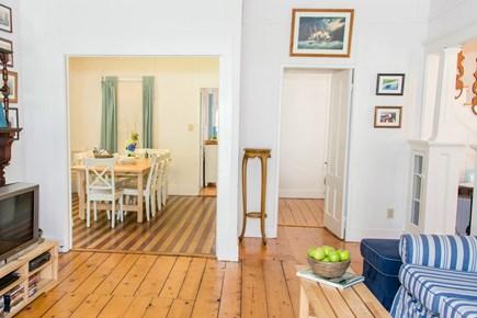 Oak Bluffs, Narragansett Cottage Martha's Vineyard vacation rental - Living/Dining