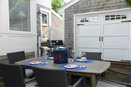 Oak Bluffs Martha's Vineyard vacation rental - Outdoor table and grill