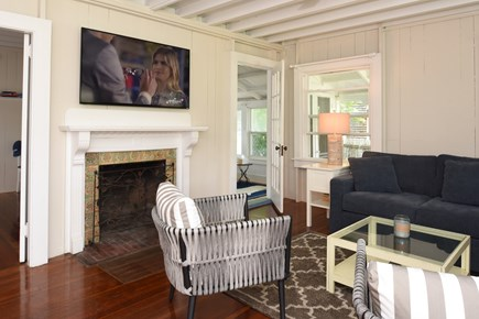 Oak Bluffs Martha's Vineyard vacation rental - Living Room - TV