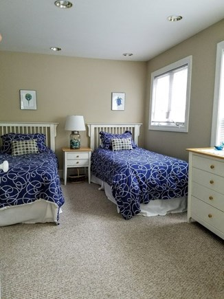 Vineyard Haven Martha's Vineyard vacation rental - Twins