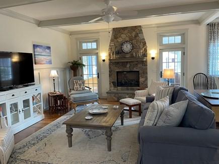 Edgartown, Nora's Meadow Martha's Vineyard vacation rental - Living Room