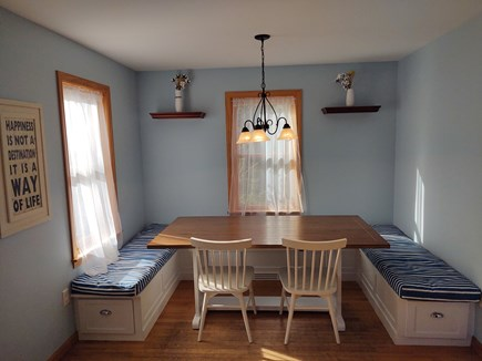 Oak Bluffs Martha's Vineyard vacation rental - Renovated kitchen nook accommodates 6 diners and can seat up to 8