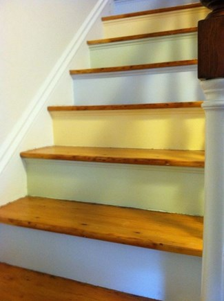 Oak Bluffs Martha's Vineyard vacation rental - Stairs to Second Floor