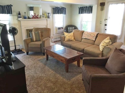 Oak Bluffs Martha's Vineyard vacation rental - Living Room Comfort