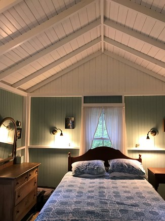 Oak Bluffs, Harthaven Martha's Vineyard vacation rental - Cathedral beamed ceilings add to the cottage feel.