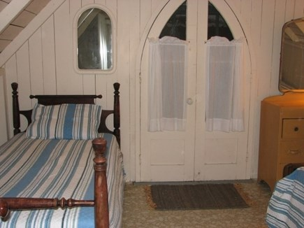 Oak Bluffs, Copeland District Martha's Vineyard vacation rental - Bedroom 2 with full and twin