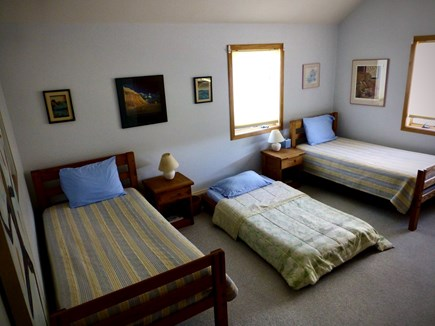 West Tisbury Martha's Vineyard vacation rental - Twin Room with 2 twin bed plus single trundle