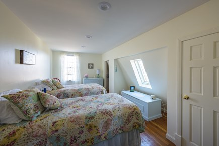 Katama - Edgartown Martha's Vineyard vacation rental - Upstairs twin bedroom is light and bright