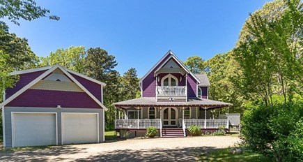Oak Bluffs Martha's Vineyard vacation rental - Charming, renovated 4 BR Gingerbread house on quiet dead end road