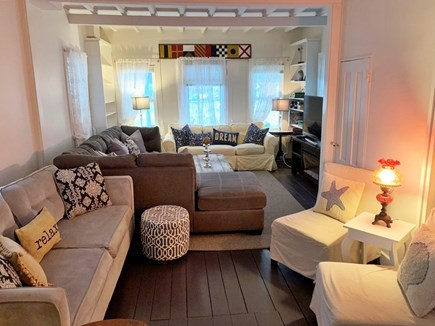 Oak Bluffs, In Town near Niantic Martha's Vineyard vacation rental - Living Room