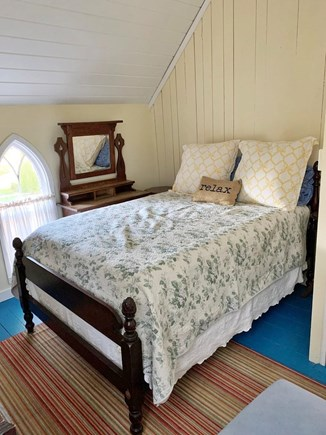 Oak Bluffs, In Town near Niantic Martha's Vineyard vacation rental - 2nd floor Yellow Double Bedroom off living room staircase